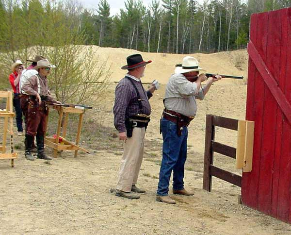 Piney Woods shooting rifle at the 2004 Fracas at Pemi Gulch.